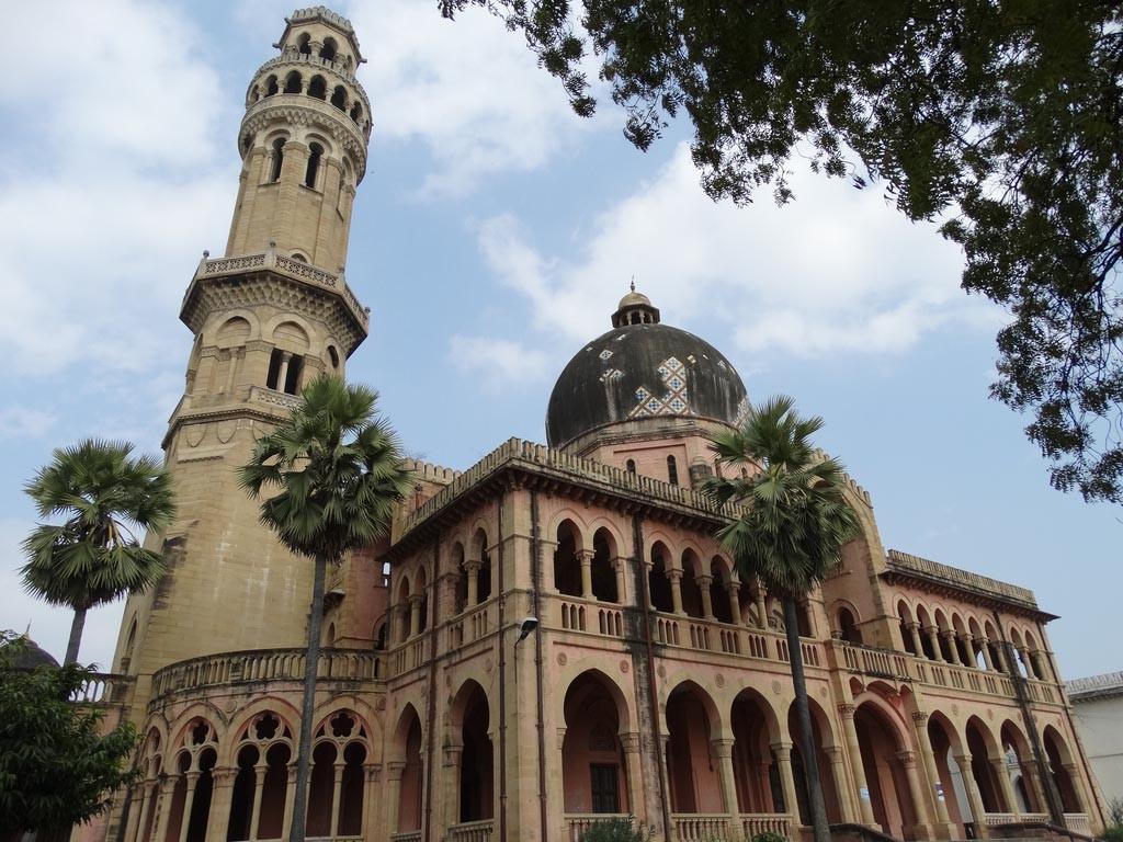 Allahabad-University-1024x768